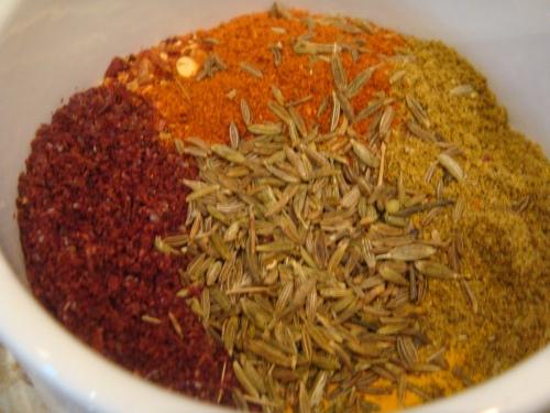 Curry spices © myburntorange