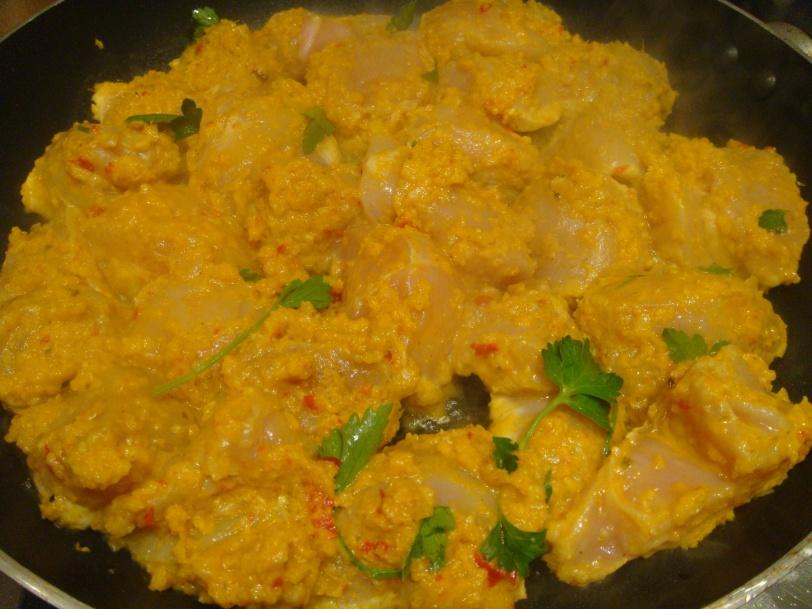 Chicken in curry marinade